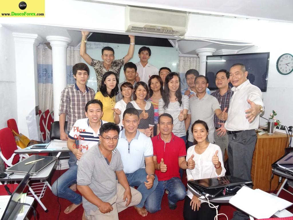 Đầu tư forex vẫn dễ và kiếm tiền hiệu quả hơn chứng khoán Việt Nam